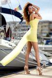 Dámské žluté společenské šaty Foggi YELLOW CRYSTAL