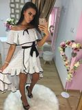 Dámské bílo-černé  šaty s volánky Foggi DOTS
